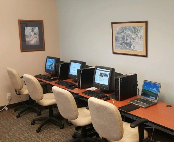 Computer room with Wi-Fi